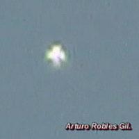 9-4-10_cruz_robles_01