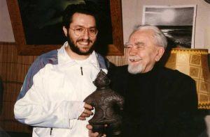 Rusia - Moscú 1 de Abril 1992 Giorgio se encuentra con el estudioso de fenómenos extraterrestres Alexander Kazantzev.