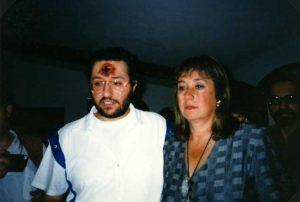 Uruguay - Montevideo 31 de Marzo 1996 Giorgio Bongiovanni con la Directora de la Cárcel de Mujeres María Lemos.