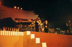 """México Diciembre 1996 Giorgio participa en el programa televisivo """"Teleton""""."""